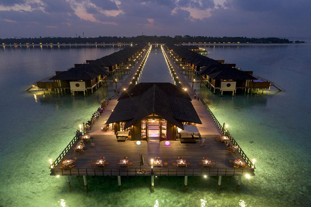 Paradise Island de noche