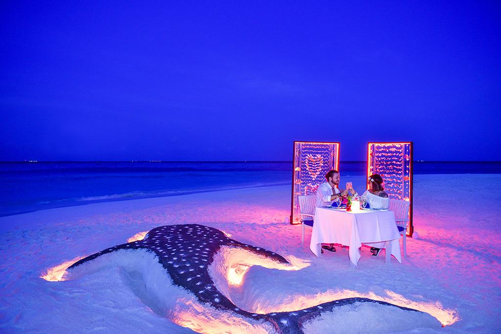 Cena romántica en la playa, Adaaran Club Rannalhi
