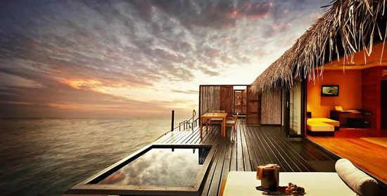 Terraza de la Sunset Water Villa del Adaaran Prestige Vadoo