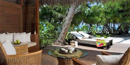 Porche de la Deluxe Beach Villa