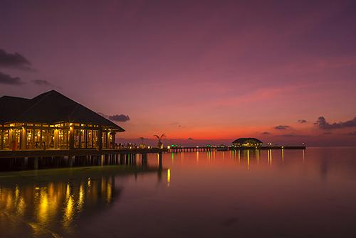 Sunset de Olhuveli Beach & Spa