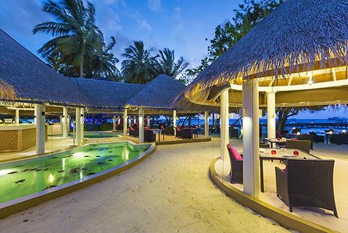 Restaurante The Well Done de Sun Aqua Vilu Reef