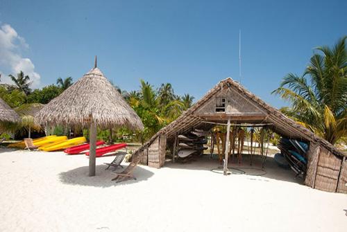 Actividades acuáticas en Sun Island Resort and Spa