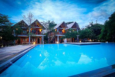 Sigiriya - Elephas Resort